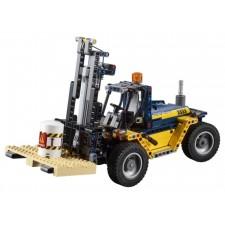 LEGO® Technic 42079 Schwerlast-Gabelstapler, 592 Teile